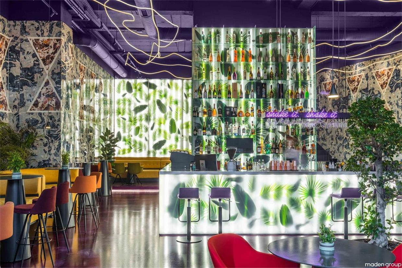 酒吧中央吧台区设计