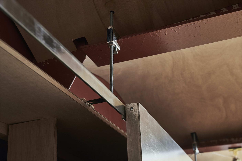 小型办公室天花结构设计