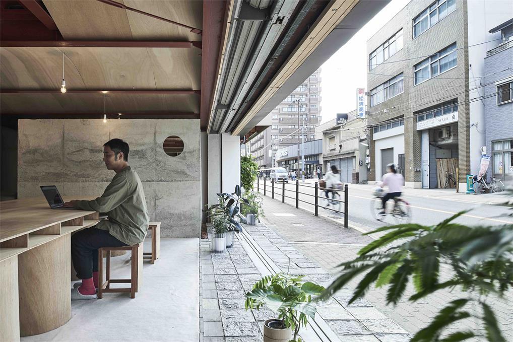 小型办公室入门处设计
