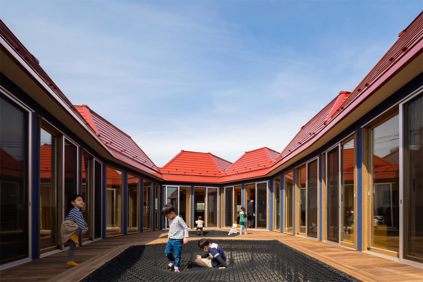 幼儿园户外中庭设计