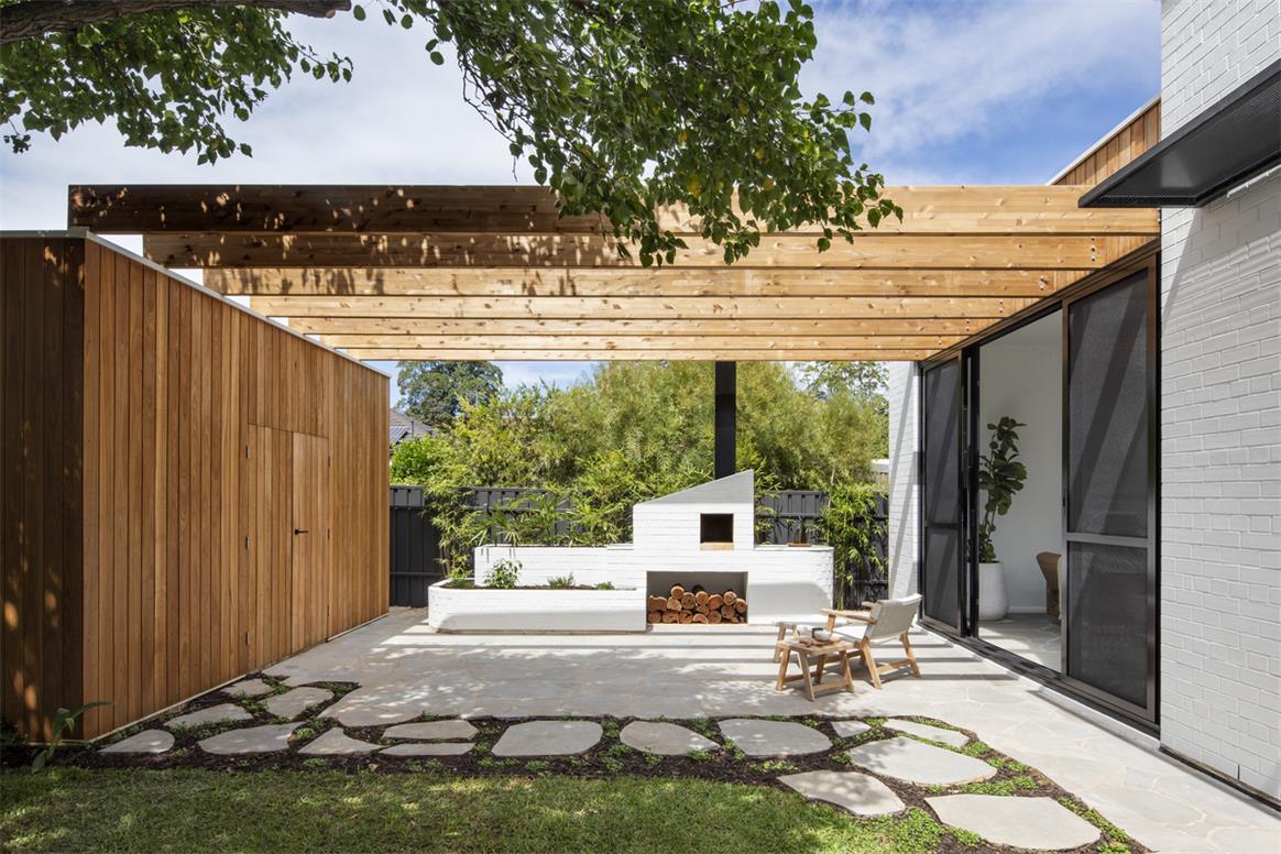 一层别墅庭院休闲区设计