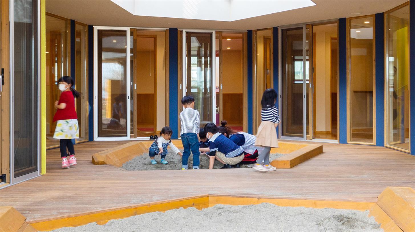 幼儿园沙子玩乐区设计
