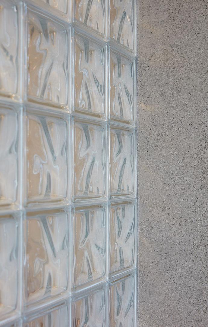 咖啡厅玻璃砖设计特写