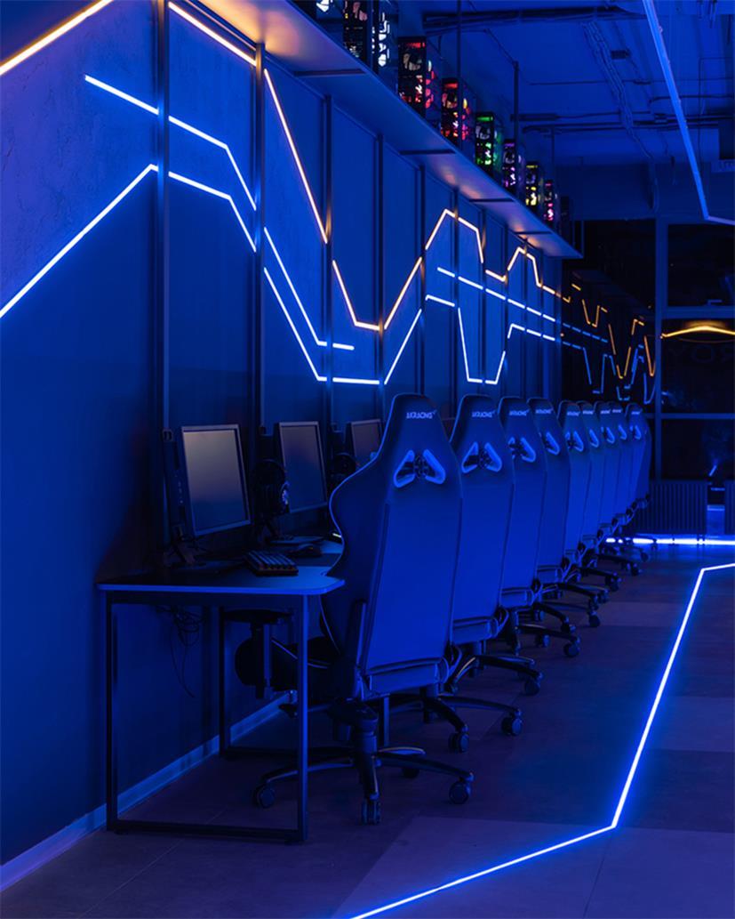 电竞馆沿墙电竞区及墙面背景设计