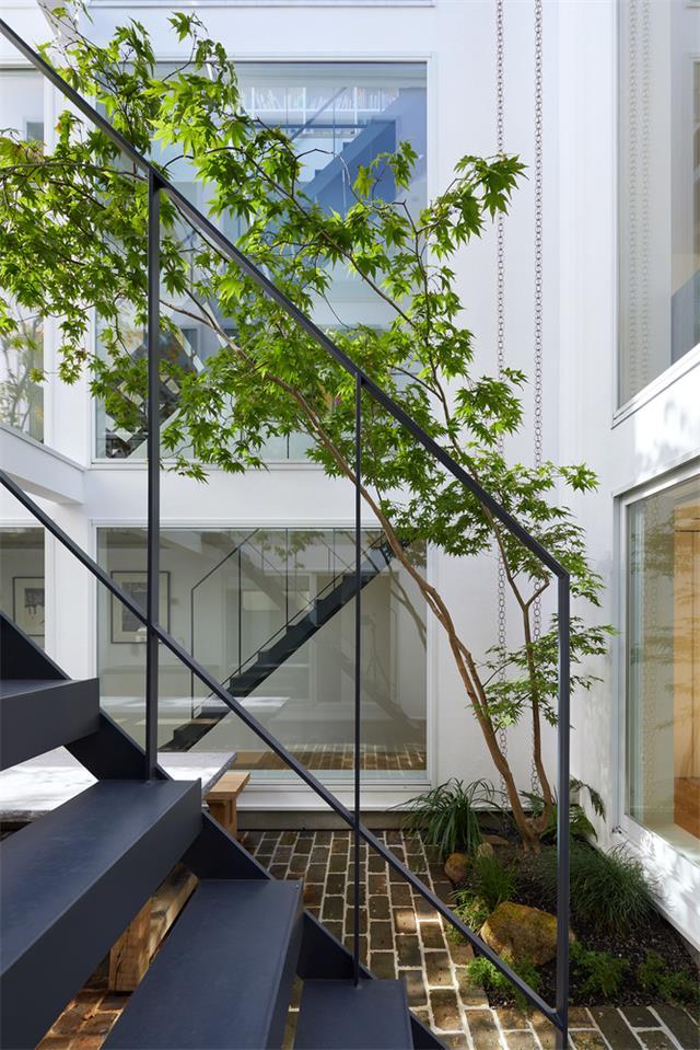 别墅户外庭院及楼梯设计