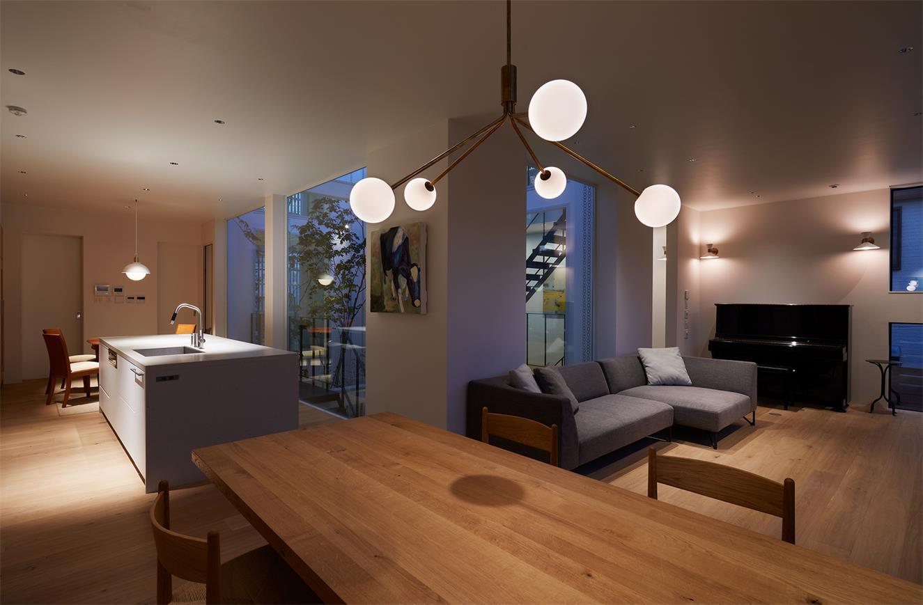 别墅客餐厅灯光氛围设计