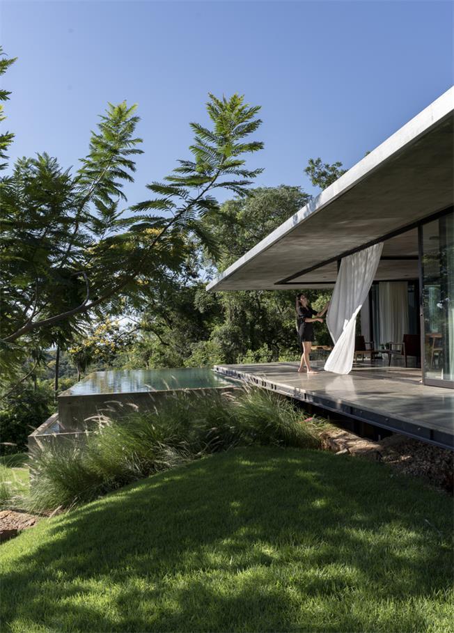 湖边别墅设计